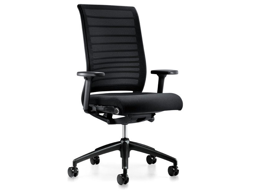 Ergonomic mesh task chair with casters HERO 172H by Interstuhl