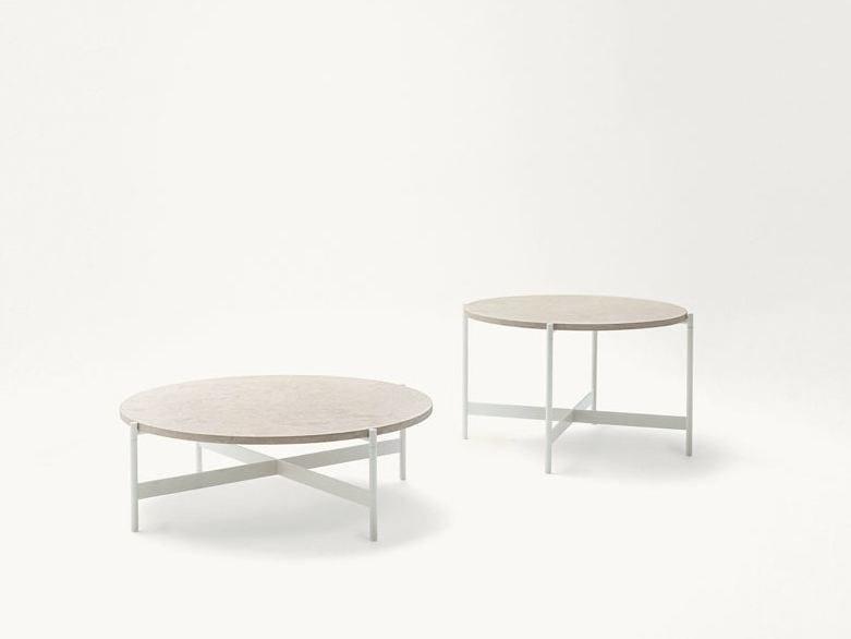 Tavolino basso rotondo in pietra naturale HERON | Tavolino in pietra by Paola Lenti
