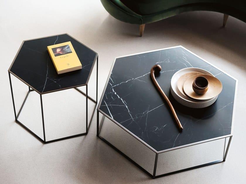 Sechseck- Couchtisch aus Marmor Nero Marquina HEXAGON | Sechseck- Couchtisch by Desalto