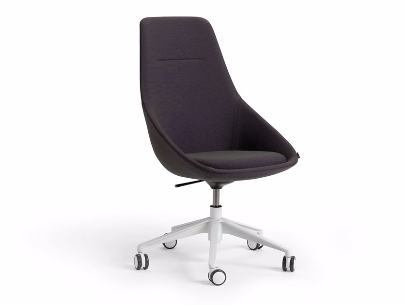 Executive chair with 5-spoke base with casters EZY HIGH by Offecct