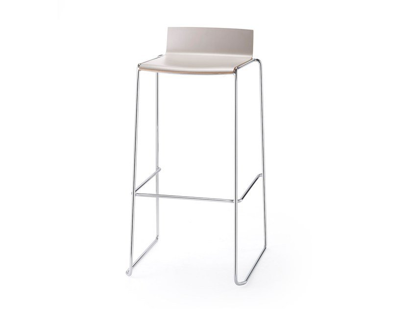 High stackable laminate stool ELESS | High stool by rosconi
