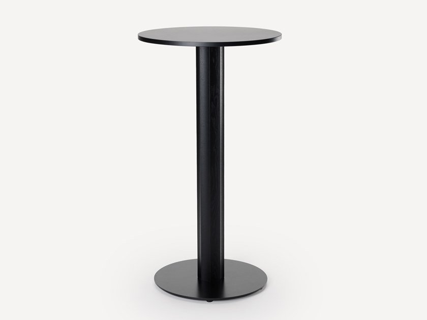 Round wooden high table OC   High table by Zilio A&C