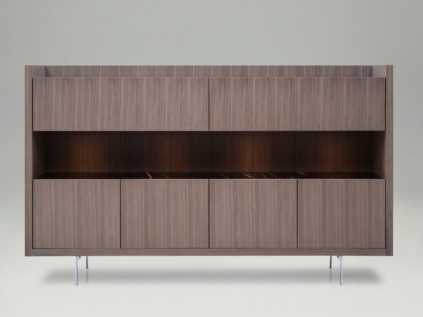 Credenza in legno con illuminazione integrata LIAGÒ   Credenza by B&B Italia