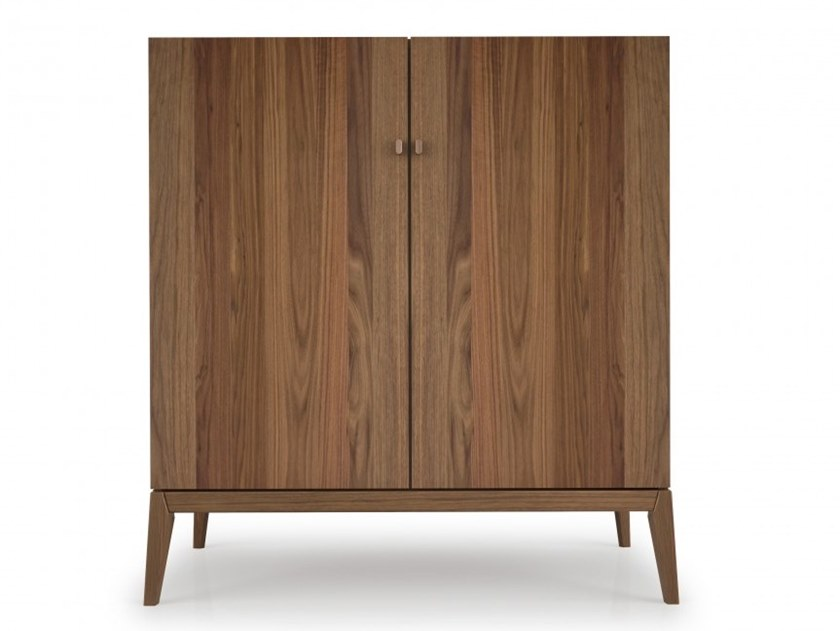 Walnut highboard with doors MOMENT | Highboard by Huppé