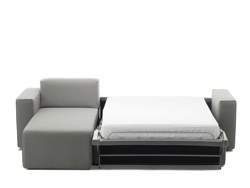 Divano letto in tessuto con chaise longue HIPPO   Divano letto con ...