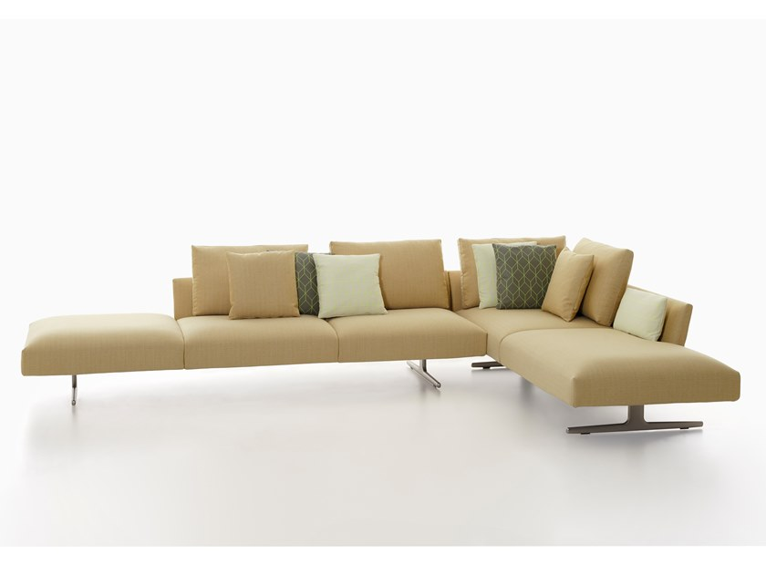 Corner Fabric Sofa Hiro By Zanotta
