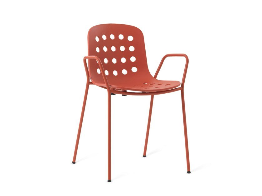 Garden chair with armrests HOLI - OPEN SHELL | Chair with armrests by TOOU