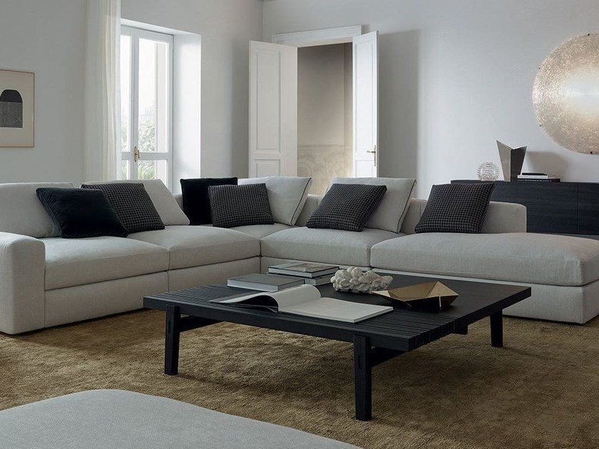 Low square wood veneer coffee table HOME HOTEL | Square coffee table by poliform
