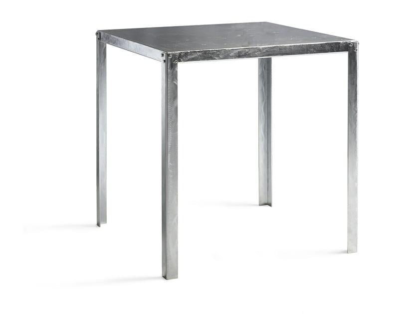 Tavolo quadrato in acciaio zincato HOPE by PF Stile