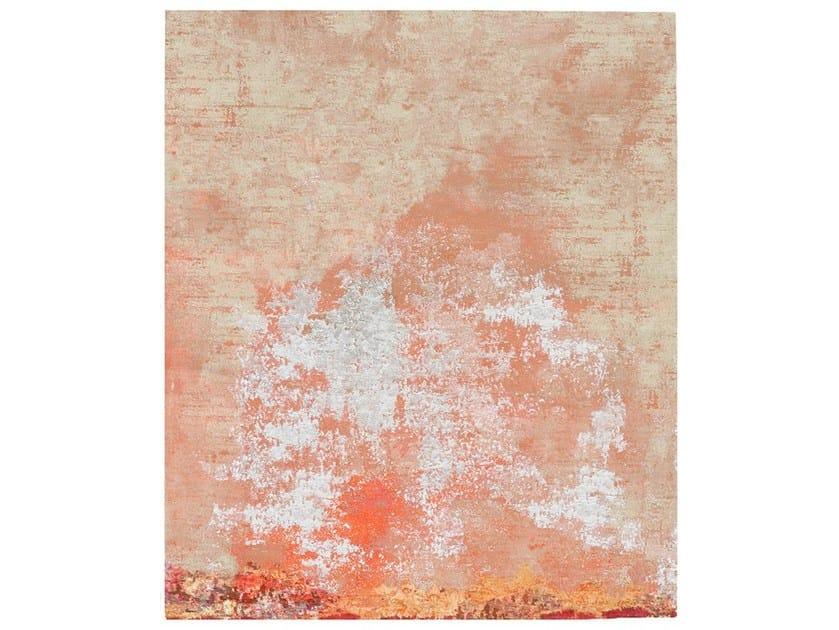 Handmade rug HOV DIAMOND DUST by HENZEL STUDIO