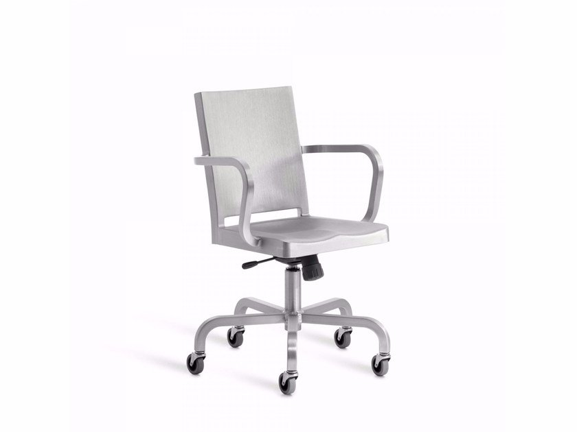 Hudson Chair With 5 Spoke Base