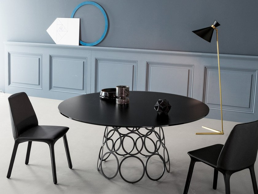 Round crystal table HULAHOOP | Crystal table by Bonaldo