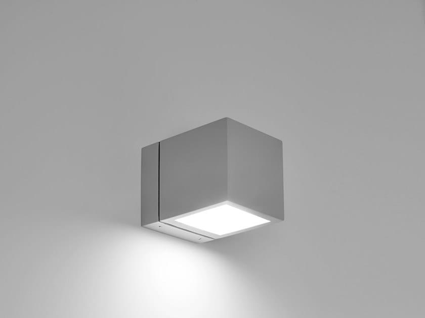 LED die cast aluminium wall lamp HYDROCUBE | Wall lamp by PUK