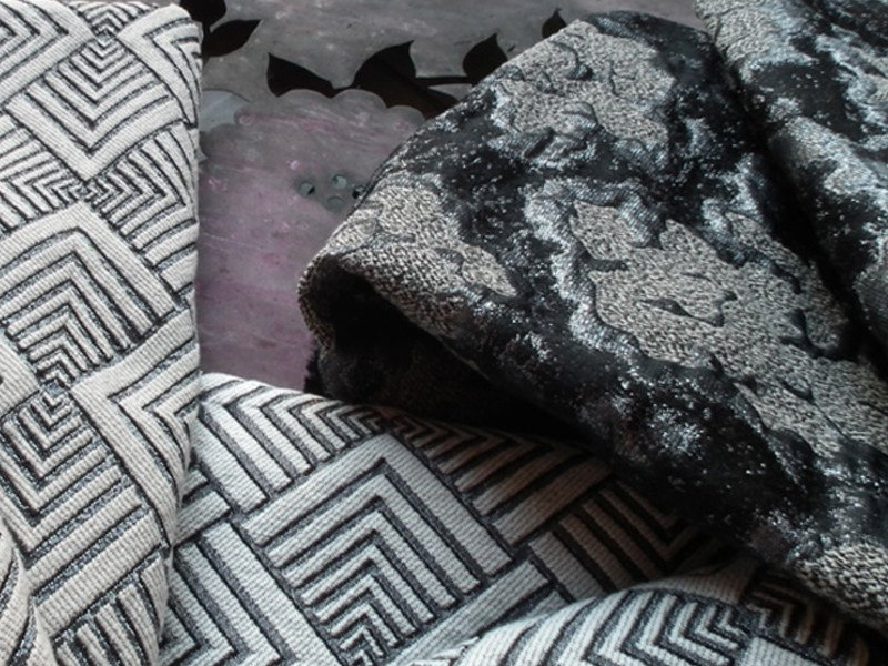 Jacquard fabric with graphic pattern HYPNOSE MEDUSA by l'Opificio
