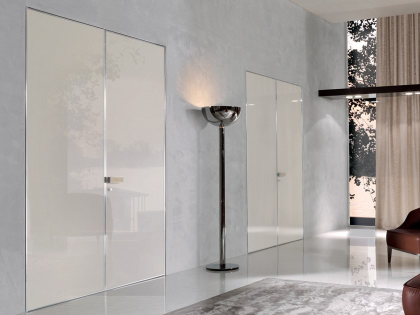 Hinged lacquered tempered glass door IANUS | Tempered glass door by Longhi