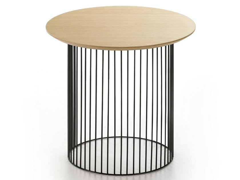 Low round steel and wood coffee table IDRA | Round table by Kendo Mobiliario