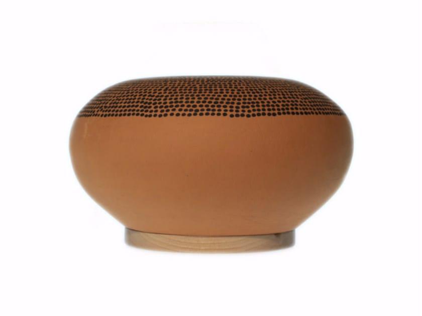 Terracotta vase IKIRU IV by Kiasmo