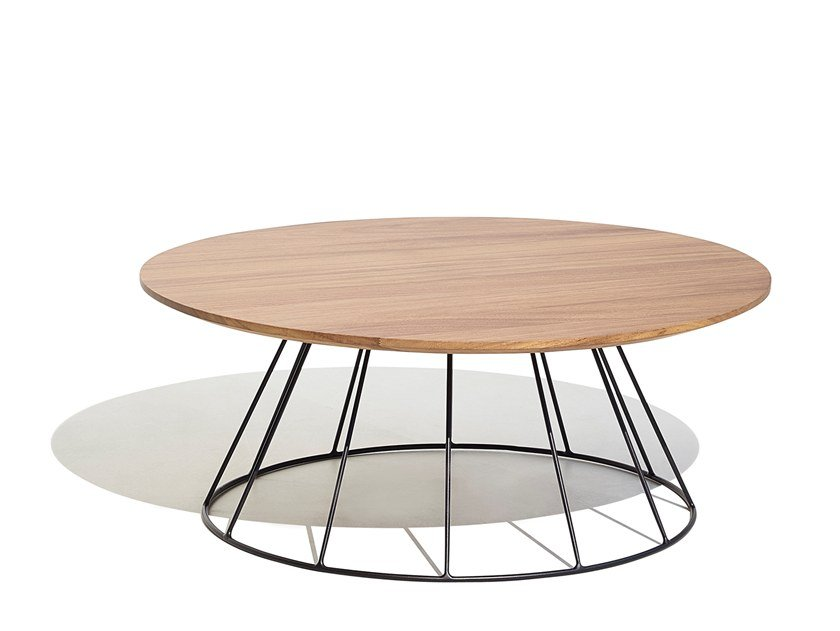 Aluminium and wood garden side table ILLA | Coffee table by Bivaq