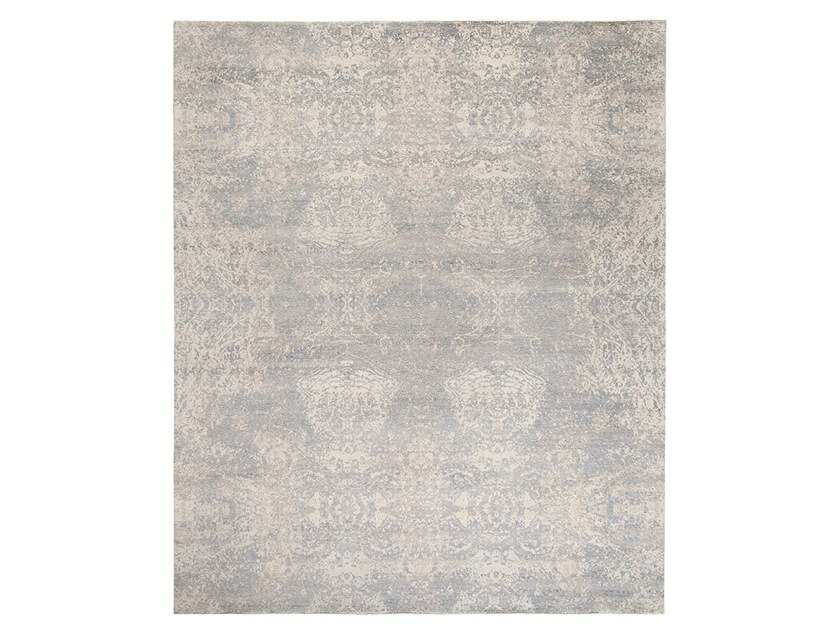Handmade custom rug IMMERSIVE RESHAM GREY by Thibault Van Renne