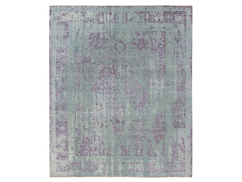 Handmade custom rug IMMERSIVE VISPAN GREEN PURPLE by Thibault Van Renne