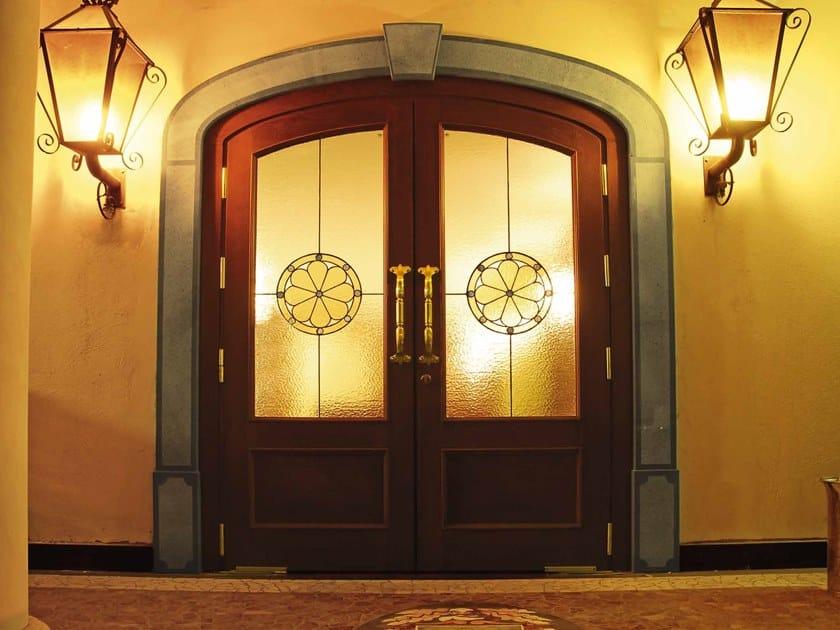 Porta d'ingresso con pannelli in vetro IMPERIALE by Arnaboldi Interiors