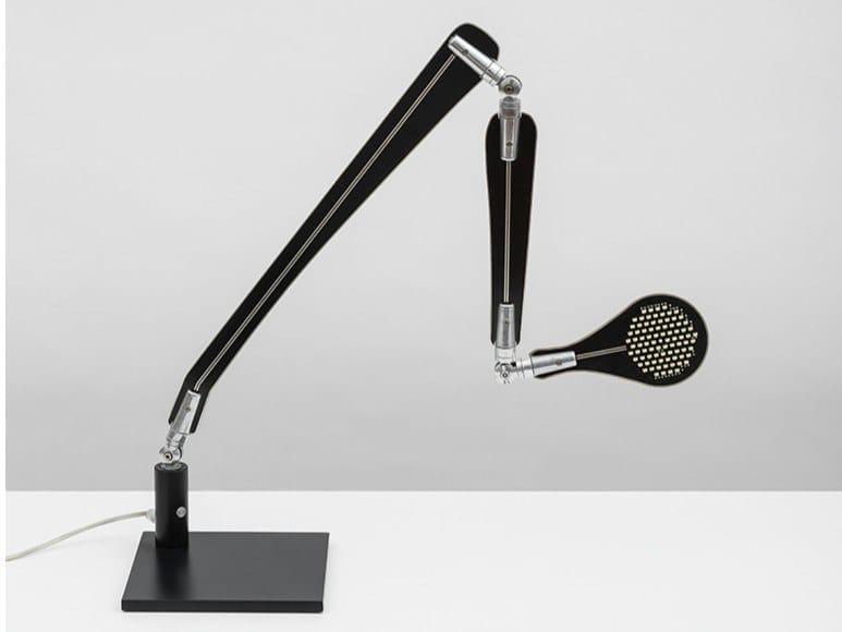 Lampada da scrivania a LED in alluminio con braccio flessibile INA by Danese Milano