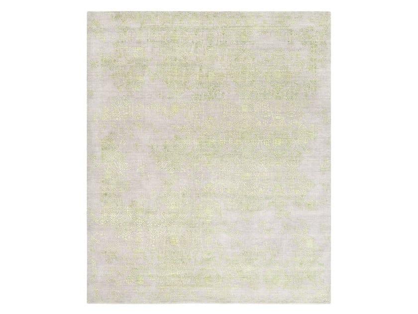 Handmade custom rug INSPIRATIONS T3 GREY & LIME GREEN by Thibault Van Renne