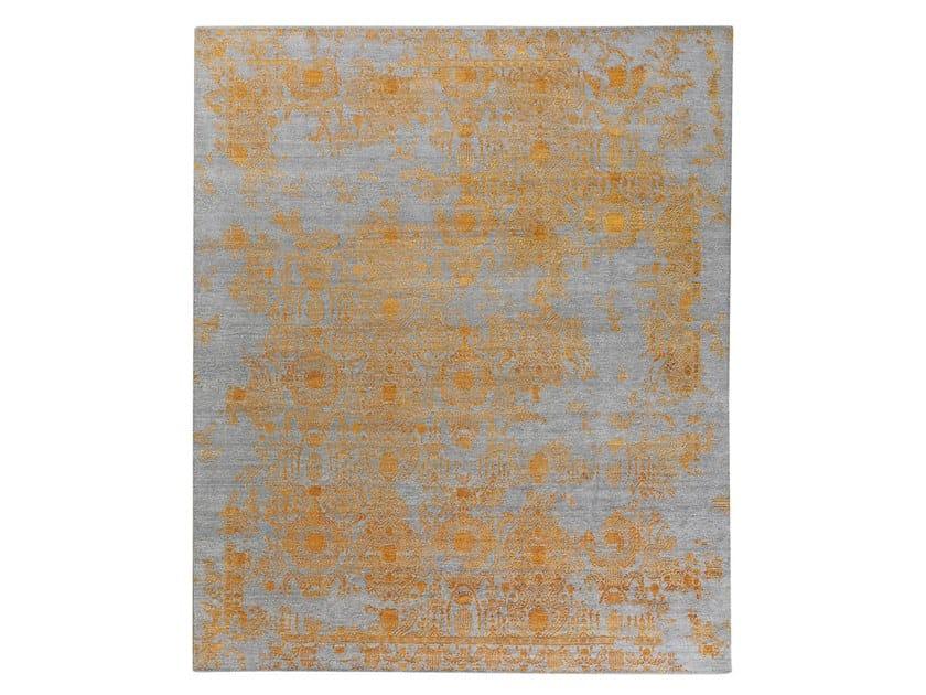 Handmade custom rug INSPIRATIONS T3 GREY & ORANGE by Thibault Van Renne