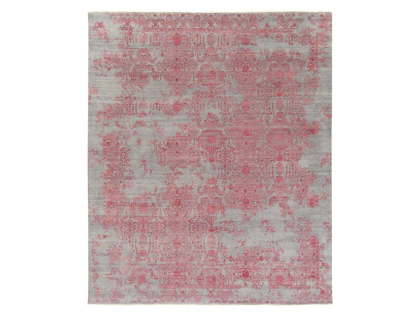 Handmade custom rug INSPIRATIONS T3 GREY & RED by Thibault Van Renne
