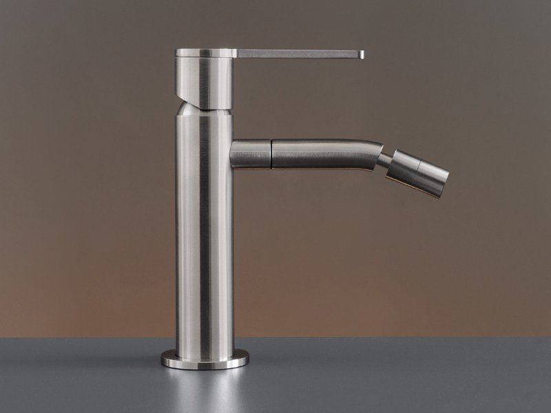 Deck mounted mixer with swivelling spout INV 02 by Ceadesign