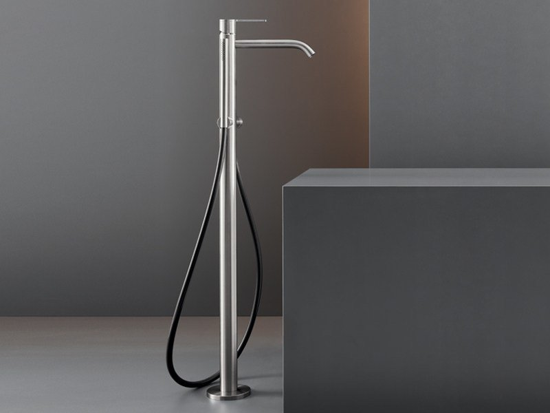 Free-standing mixer for bathtub with hand shower INV 61 by Ceadesign