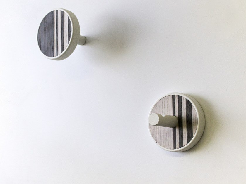 Couple of wall hangers made of inlayed wood INVERSO VERTICAL COLD by LIGNIS®