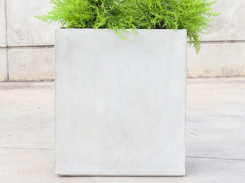High concrete Flower pot IOTA (50) by SIT