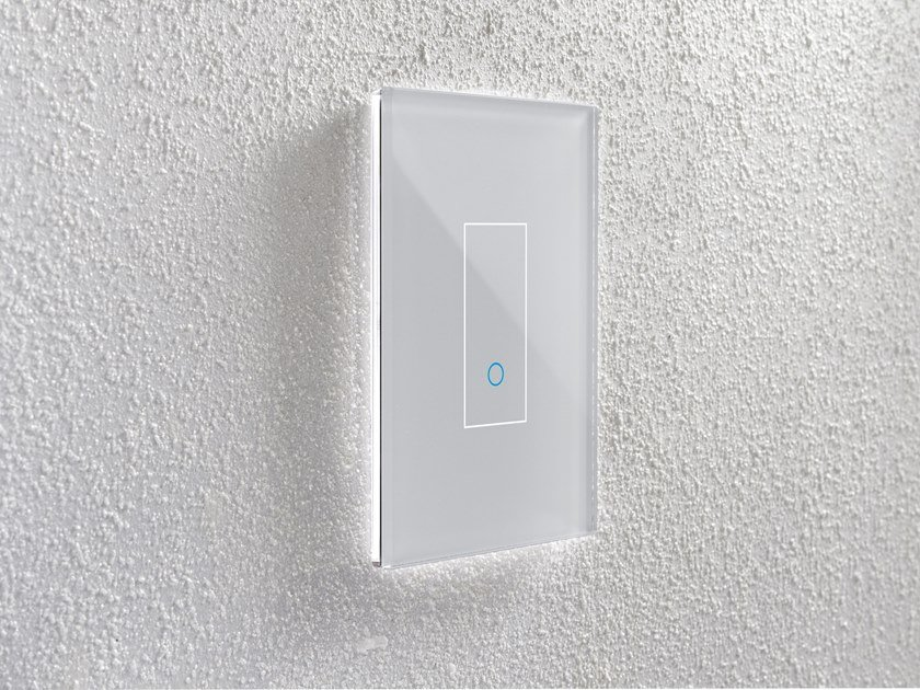Smart switch with integrated Wi-Fi IOTTY SMART SWITCH LSWE by iotty