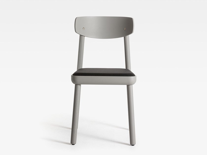 Lacquered ash chair with integrated cushion ISA | Lacquered chair by SIPA