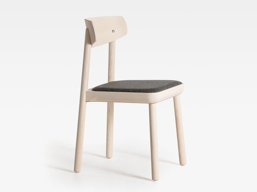 Ash chair with integrated cushion ISA | Wooden chair by SIPA