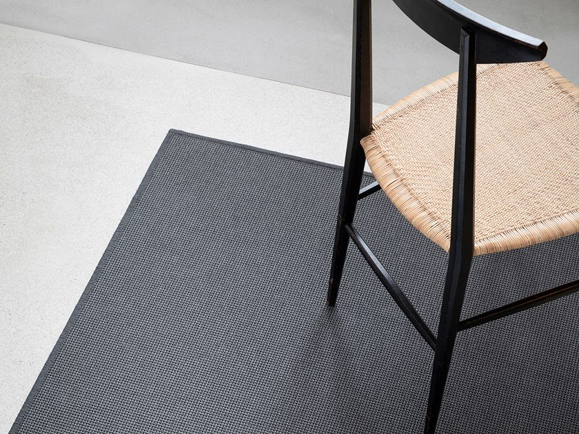 Solid-color polypropylene runner ISCHIA SUPER by Besana Moquette