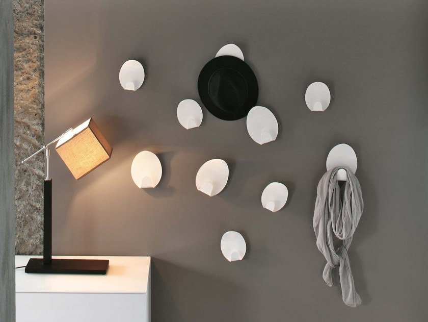 Appendiabiti da parete in metacrilato IVY by Tonin Casa