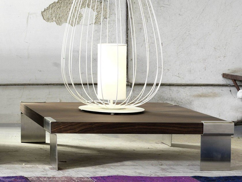 Low wood veneer coffee table for living room IZU by Domingo Salotti