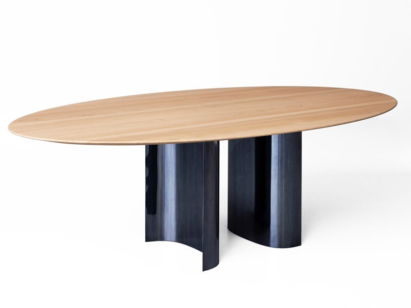 Oval chestnut table JEFF | Oval table by Porro