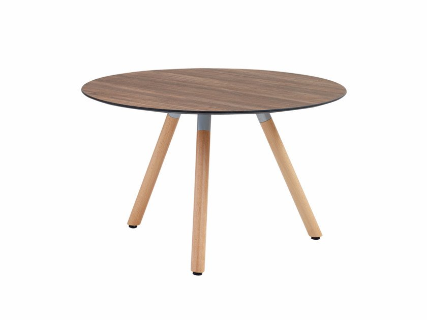 Round coffee table with wooden legs Jet 522T by Metalmobil