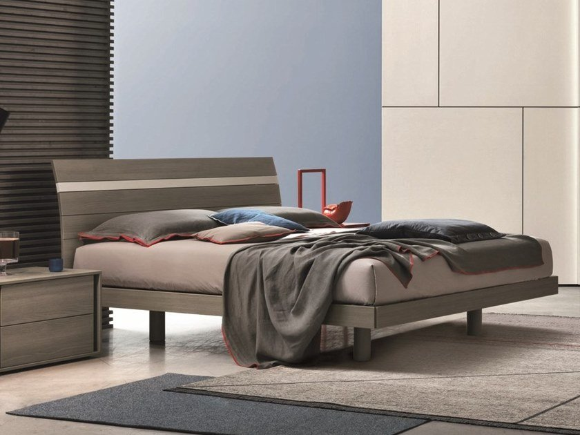 Wooden double bed JOKER | Wooden bed by Gruppo Tomasella