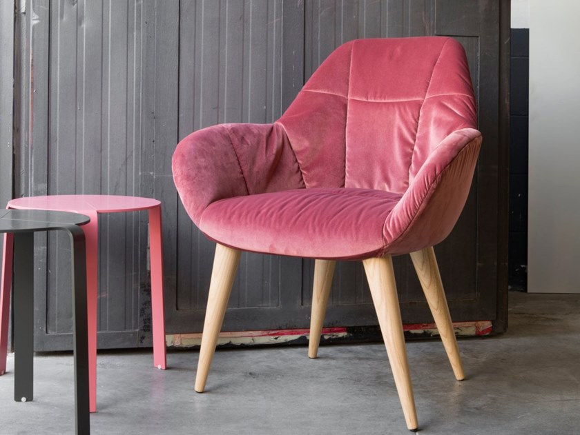 Upholstered fabric easy chair with armrests JOSEPH by H&Co