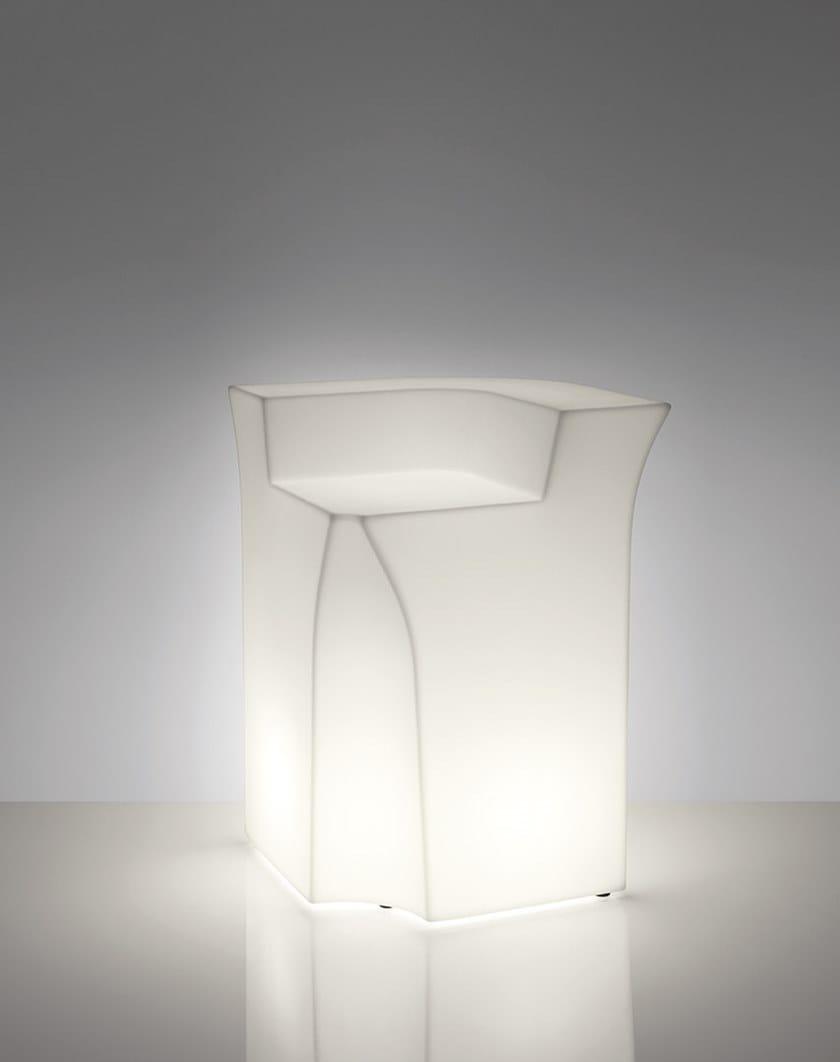 Bancone bar illuminato in polietilene per esterni JUMBO CORNER by SLIDE