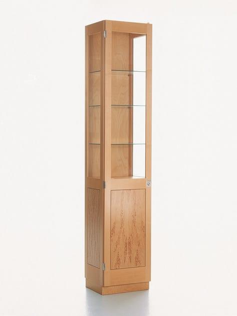 Scandinavian style glass display cabinet KA72   749 by Karl Andersson