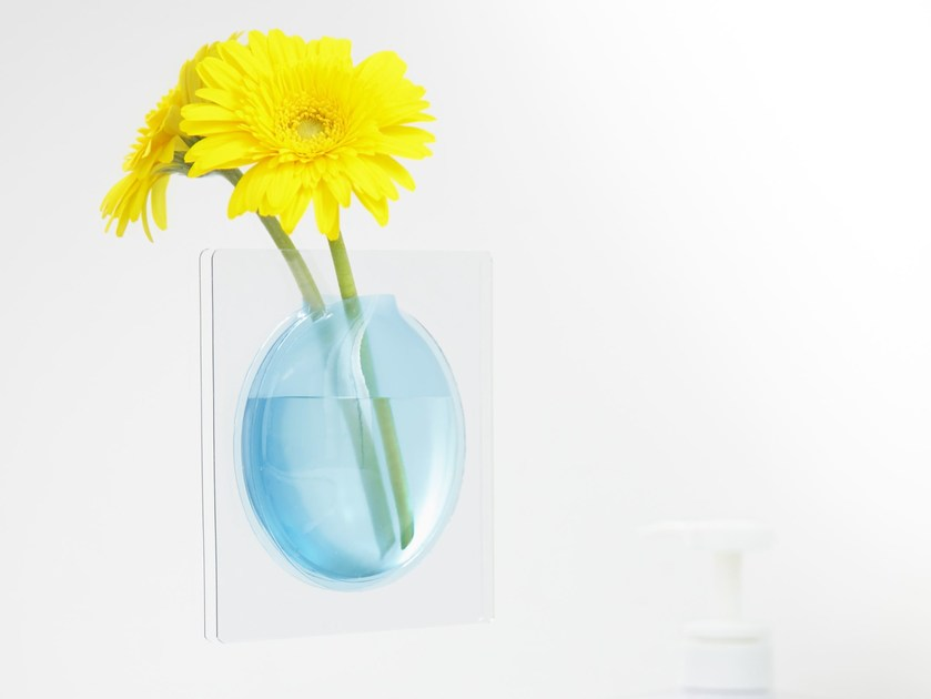Wall-mounted PVC vase KAKI by plus-d