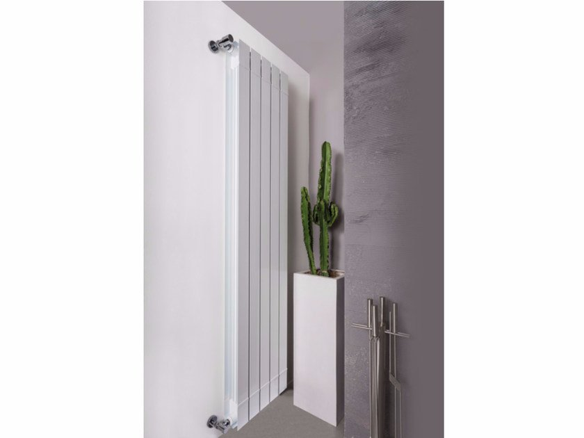 Hot-water vertical wall-mounted extruded aluminium decorative radiator KALIS by Radiatori 2000