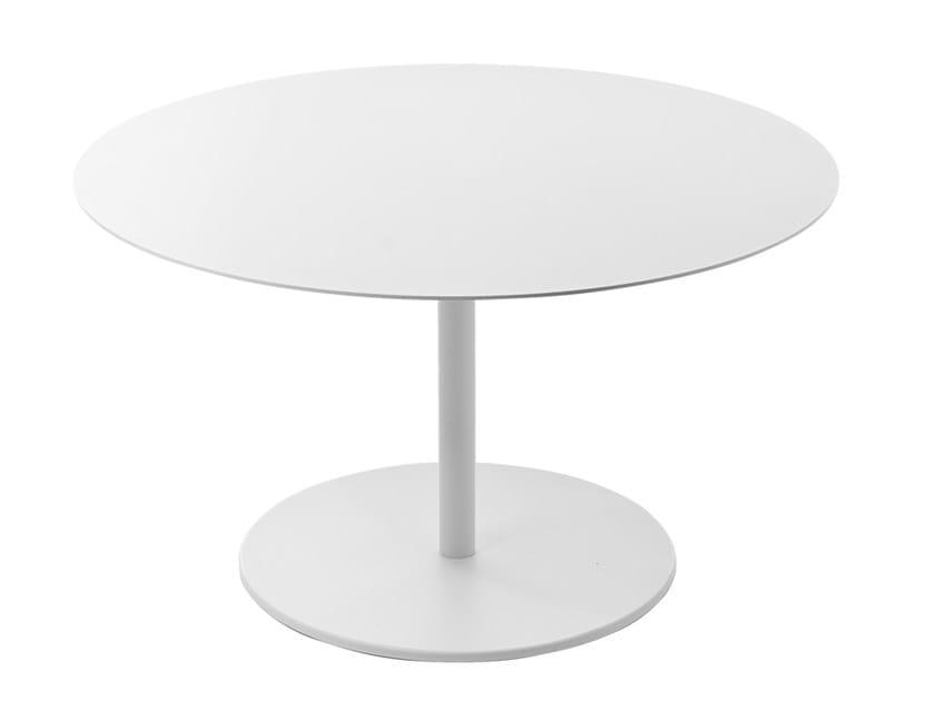 Low round coffee table KAPIO | Round coffee table by Kastel