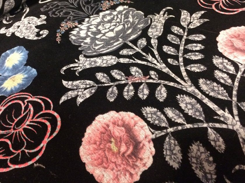 Fabric with floral pattern KASANDRA | Velvet fabric by Equipo DRT
