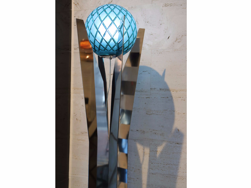 Crystal and stainless steel floor lamp KATUNA | Crystal and stainless steel floor lamp by Placidia